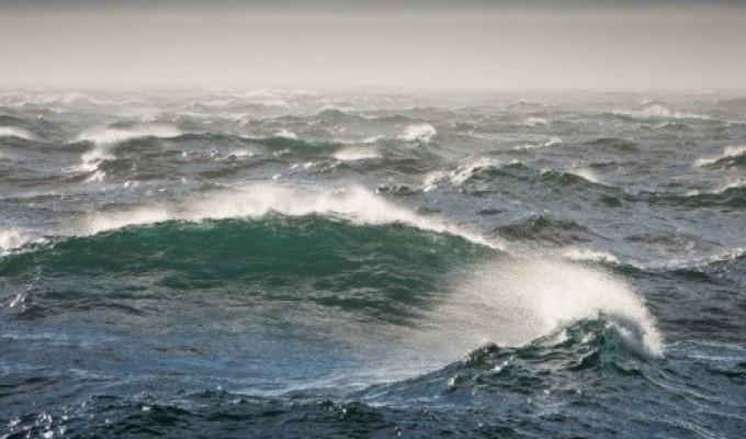 Чому Чорне море бурхливе - легенда Криму
