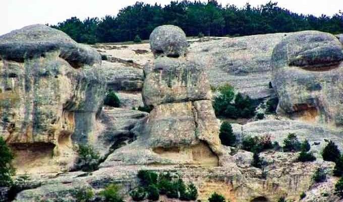 Камені: мати і дочка - легенда Криму