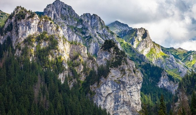 Звідки пішли гори - біблійна легенда